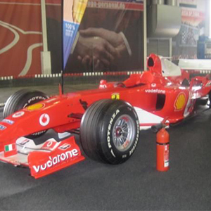 Klasse B Führerschein im Ferrari F1 machen - Academy Fahrschule Rossini